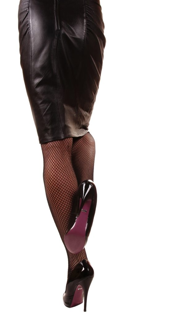 milf mature fétichiste, fétichiste pieds, milf mature pieds, milf mature talons aiguilles, française fétichiste pieds